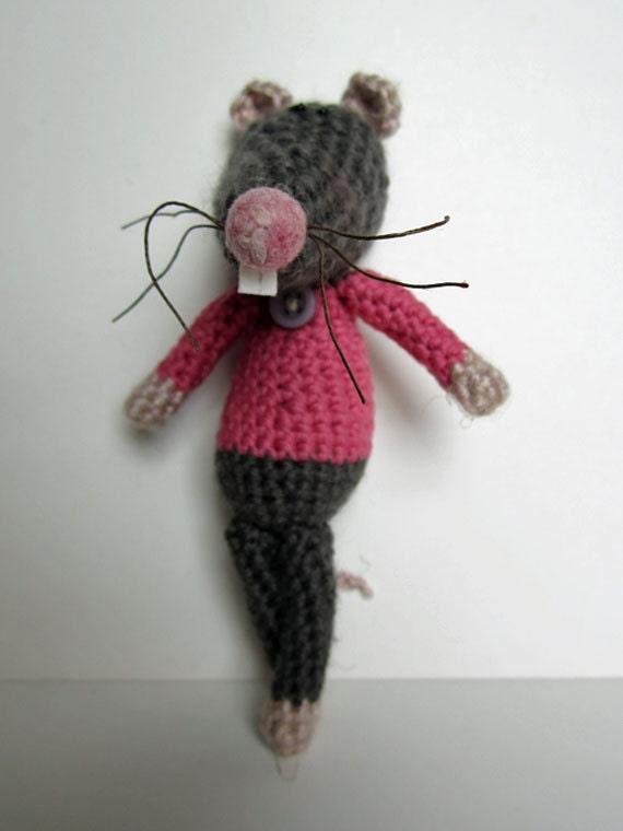 how to make a crochet rat