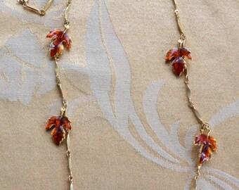 """On sale Pretty Vintage Orange Enamel Leaf, Gold tone Link Necklace, 30"""" (Z10)"""