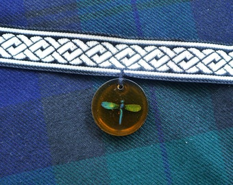 Dragonfly in amber / Outlander jewelry / celtic knots / choker necklace