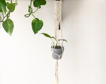 Macrame Plant Hanger / Hanging Planter / Macrame Hanging / Mothers Day Gift / Housewarming / Boho Decor