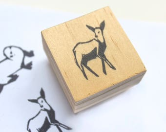 deer rubber stamp / doe stamp / deer party favor / deer gifts