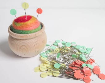 Flower Head Pins | Flat Flower Pins by Clover for Quilting, Sewing, Patchwork, Straight Pins