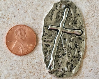 CROSS Silver Pewter Hammered Oval Pendant, Purse, Backpack, Keychain Charm, Jewelry Supply