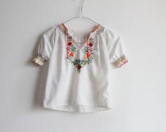 Vintage 1970's kids floral peasant blouse
