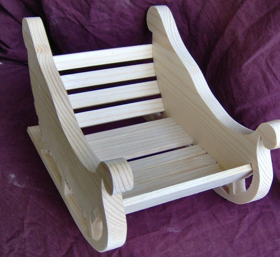 Wooden Sleigh Basket Handcrafted by the Old Coot