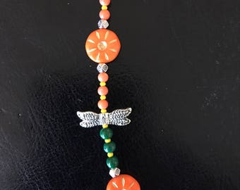 Cute Little Necklace With Dragonflies And Flowers!!!