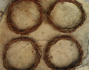 "Lot of 4 X 14"" Handmade Natural GRAPEVINE WREATHS emty plain for decoration - Wholesale Offer by the craftsman"