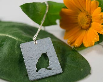 Silver Robin Pendant: Handmade in Sterling Silver