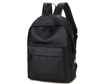 Basic Synthetic Leather Backpack (Black)