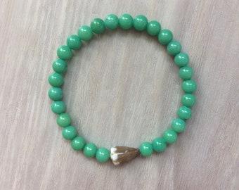 Seashell bracelet, cone shell bracelet with mountain jade beads, Hawaiian seashell jewelry, surfer girl bracelet, bracelet with cone shell