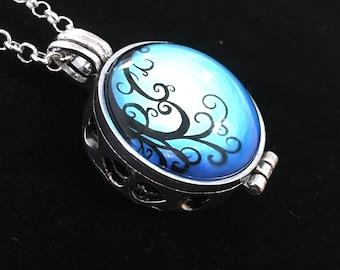 Blue Swirls Aromatherapy / Scent Locket