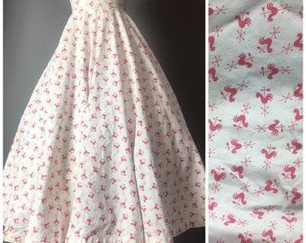Vintage 50s skirt / 1950s skirt / novelty print skirt / rooster skirt / circle skirt / full skirt / day skirt / cotton skirt / 5012