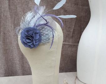 headpiece Fascinator Brautschmuck grau lavendel graublau blau grau taubenblau Federn pastell vintage boho hochzeit kopfschmuck etwas Blaues