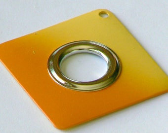 Pearl orange yellow metal square Superfine 4cm in diameter