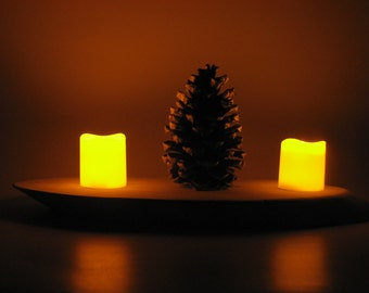 Candleholder Wood Disk with Pinecone and LED Candles