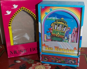 """Dancing Cable Car Music Box """"I Left My Heart in San Francisco"""""""