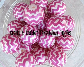20mm Resin Gumball Chevron Stripe Beads  -  Chunky Necklaces - Set of 10 - magenta on white