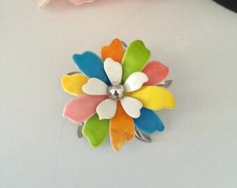 Vintage Sarah Coventry metal flower brooch