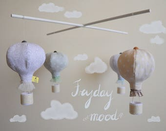 Fabric stuffed hot-air balloons mobile