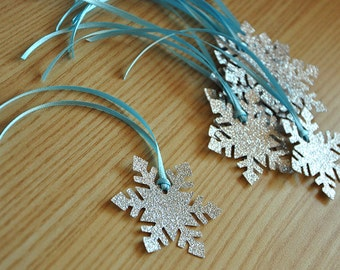 Frozen Birthday Party Decoration Party Favor Tags 10CT.  Handcrafted in 2-5 Business Days.  Snowflake Gift Tags.
