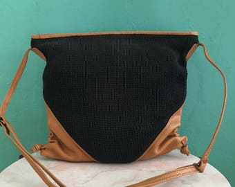 vintage 70's black knit shoulder bag handbag // top zip crossbody bag