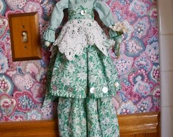 Handmade Folk Art  Primitive= Lena's Lace