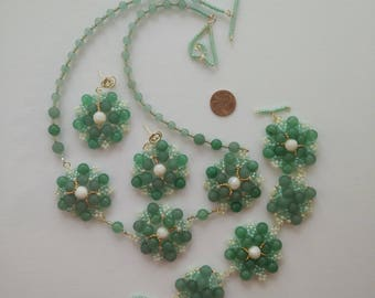 Spring Flower Pattern Natural Green Aventurine Mother Pearl Beaded Necklace Earring and Bracelet Set