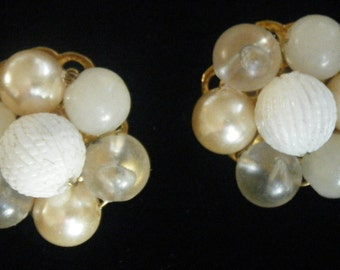 vintage Multi shades of Champagne pearl earrings 50's 60's 1950's 1960's beaded