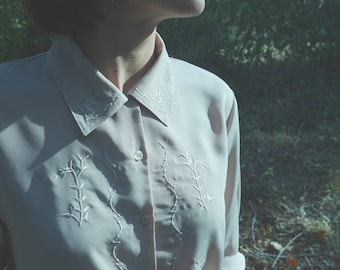 Embroidered Blouse Vintage 80s 90 s s beige T.44 embroidery long sleeve shirt