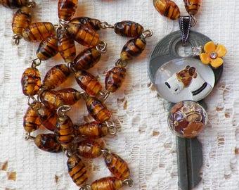 Vintage Fox Terrier Cabochon Vintage Jewelry / Vintage Button Embellished Vintage Key Pendant / Necklace, Vintage Glass Bead Chain, Dog