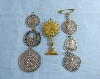 Mixed Lot 7 Religious Pendant Charm Medal Medallions Silver And Silver Plate St Christopher jean of arc Lourdes For Necklace Chain