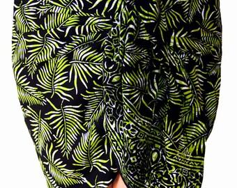 Black Sarong Wrap Mini Skirt Womens Clothing Hip Wrap Skirt - Short  Skirt Hawaiian Beach Sarong - Short Black Tropical Leaf Batik Pareo