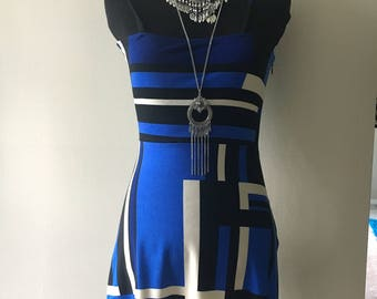 Mod Abstract Blue/White Dress