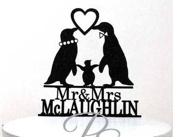 Personalized Wedding Cake Topper -  Penguin family wedding cake topper with Mr & Mrs last name