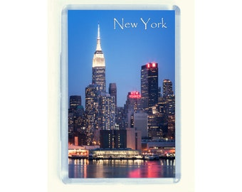 New York Fridge Magnet of the Empire State Building and New Yorker