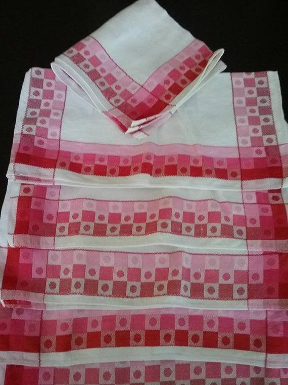 Fabric Napkins, Vintage Fabric Napkins, Vintage Red and Pink Fabric Napkins, Vintage Napkins for Tea Party, Fabric Napkins for Dinner Party