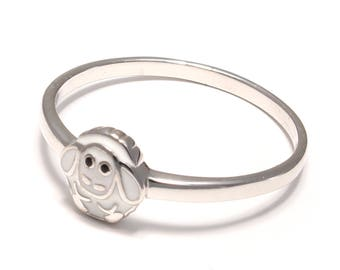 Silver ring with a sweet lamb in 925 sterling silver