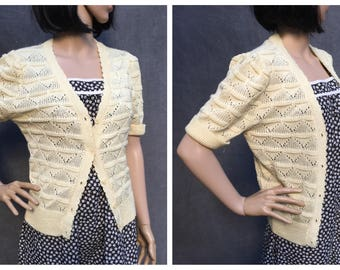 70's Panther Seashell Scalloped Knit Short Sleeve Cardigan Sweater - Pale Yellow Size Small to Medium