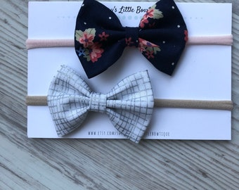 Newborn baby gift set - set ot two bows - navy blue bow- one size fits all headbad