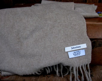 Cashmere Scarf, Johnstons Of Elgin, Beige Cashmere Scarf, Scottish Cashmere Scarf, Vintage Scarf, Pure Wool Scarf, Made In Scotland