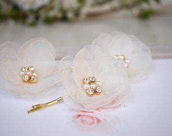 Ivory Wedding hairpiece,   Bridal Flower Hair Clips, Wedding Hair Accessories, Chiffon Flower Hair Pins, Wedding Flower Clip, Headpiece
