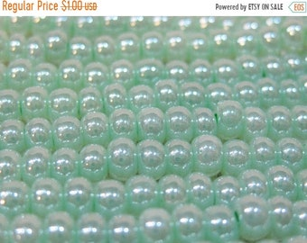 ON SALE 6/0 Light Mint Green Ceylon Genuine Czech Glass Preciosa Rocaille Seed Beads