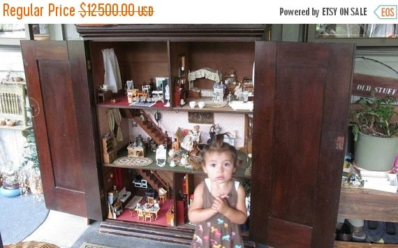 Description. SALE 1860s Antique Dollhouse ... - SALE 1860s Antique Dollhouse With Contents Grannies Secret