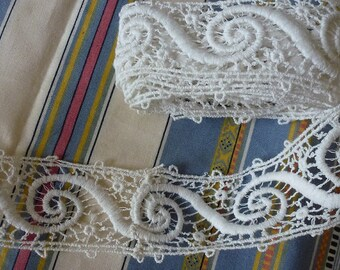 beautiful old guipure lace