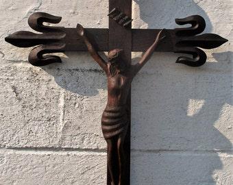 "Beautiful Large Ornate Carved Wood Hanging Crucifix Cross Fleur de Lis 29.53"""