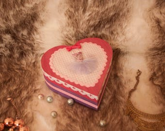 Lovely Circus heart box