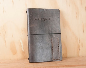Hobonichi Cover - Leather Travelers Notebook for Midori, leuchtturm1917, Moleskine - Personalized with Custom Quote in Antique Black - A4 A5