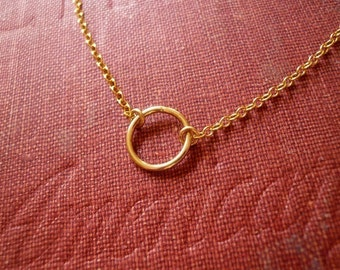 Tiny Gold Circle Necklace in Gold Filled - Sweet and Simple Dainty Jewelry