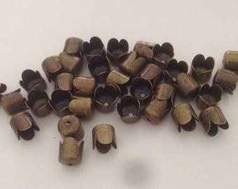 100 bead caps in antique bronze 7x6.5 mm - beads caps