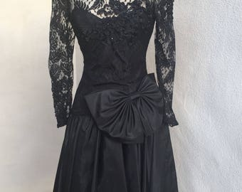 Vintage 80s Niki black lace taffeta evening dress big bow sz 3/4